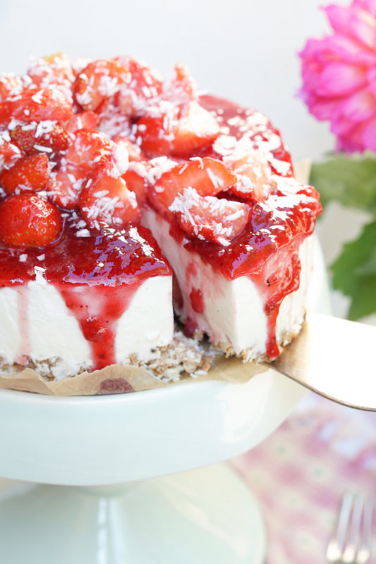 erdbeer-kokos-torte-04477