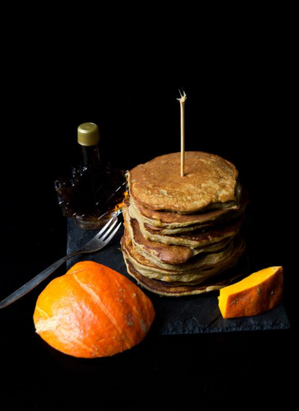protein-ku%cc%88rbis-pancakes-05745