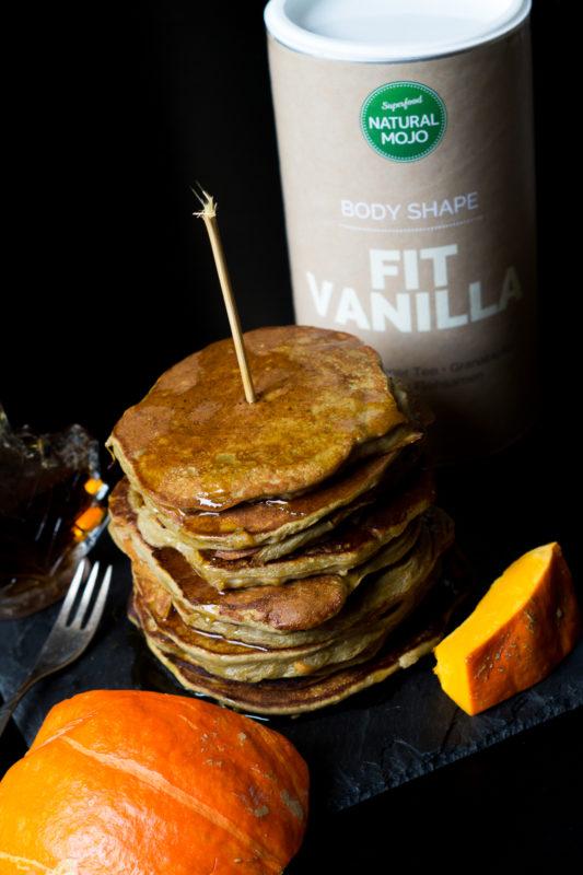 protein-ku%cc%88rbis-pancakes-05770