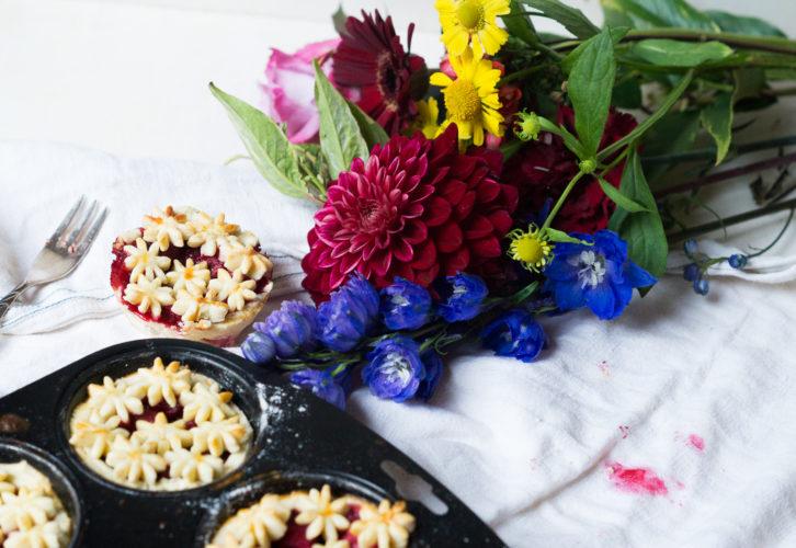 blumige-mini-pies-05776