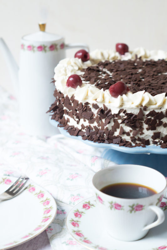 schwarzwa%cc%88lder-kirsch-torte-05583