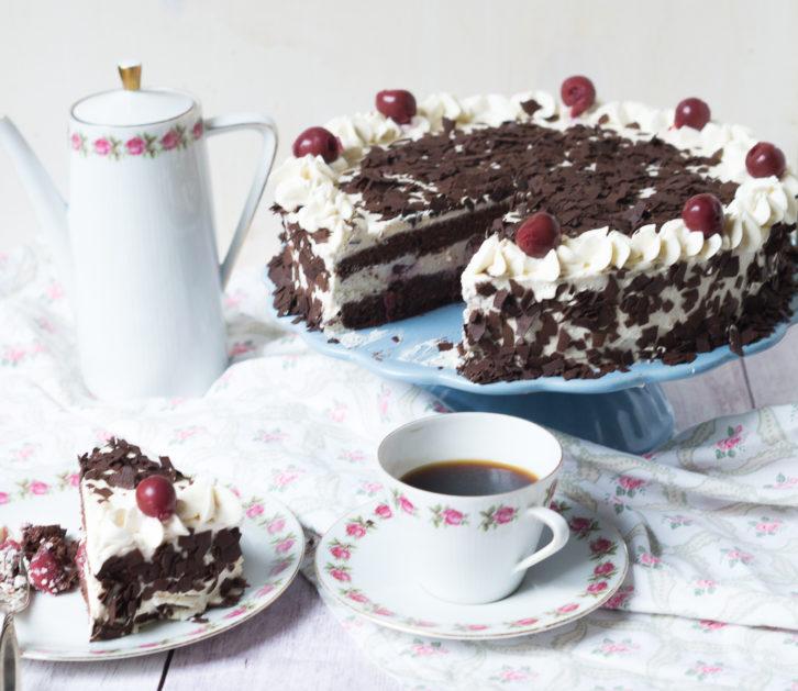 schwarzwa%cc%88lder-kirsch-torte-05612