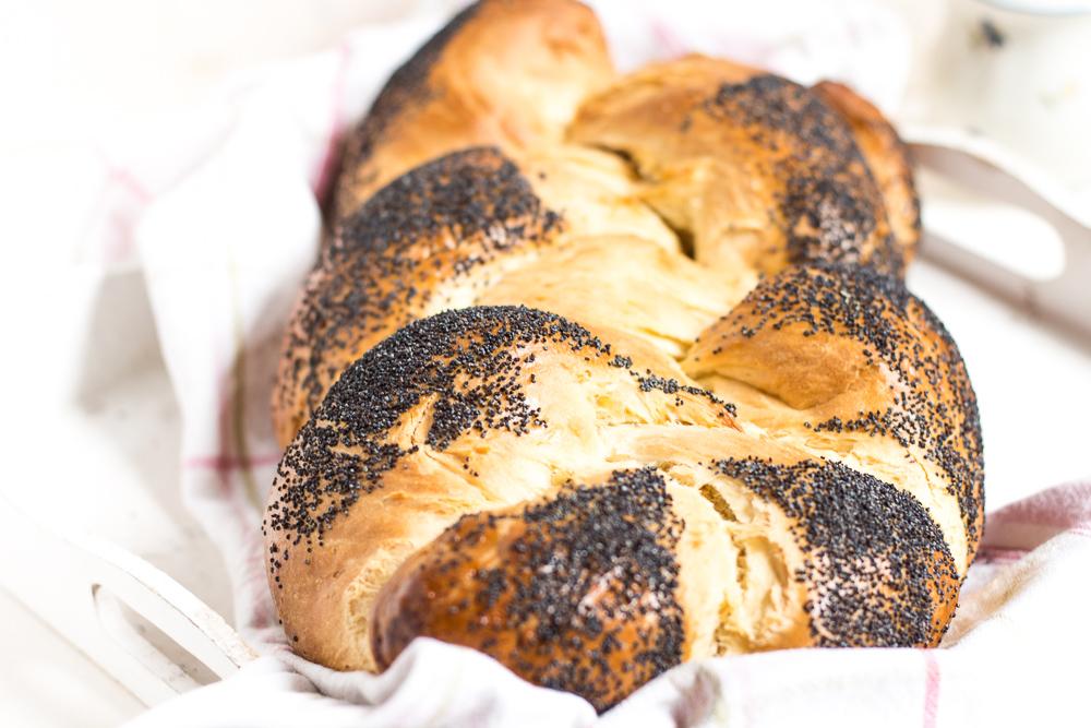 Brot // Bread  - cover
